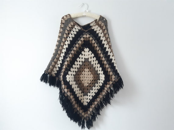 Vintage 1970s 70s afghan granny square crochet fri