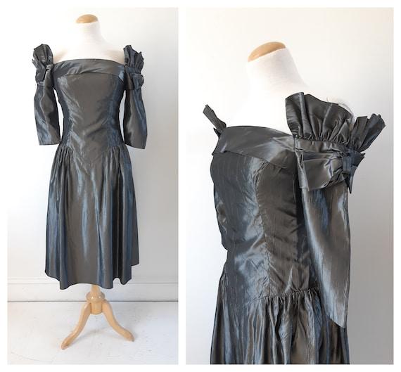 Vintage gunmetal grey taffeta dress . Taffeta prom