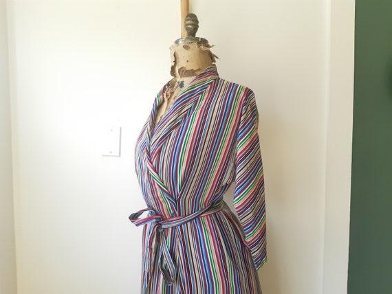 1940s house dress / 1940s 40s clothing / Satin Ho… - image 5