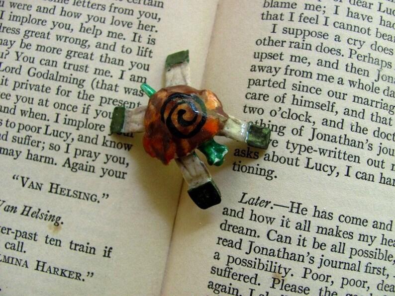 made of bOnes  wee TURTLE tack pin