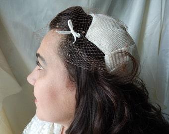 "Vintage Bridal Hat - 1940s White Hat - Designer ""Ronnie"" Hat - White Netted Hat - Vintage Millinery - Antique Hat"