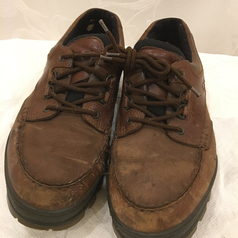 Moisture Absorbent Size 46 Gore-Tex ecco Tying Shoes Comfort System Foam Bison Color. Breathable Stylish ecco Work Shoes for the Man