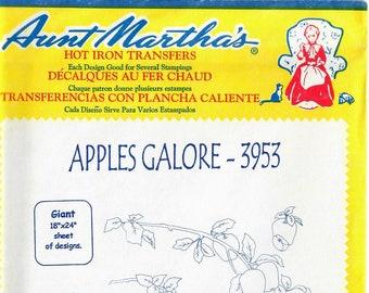 Vintage Aunt Martha's Hot Iron Apples Galore 3953
