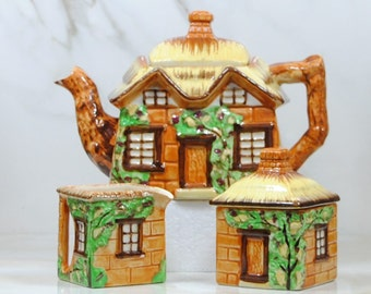 Vintage Cottage Tea Set, Maruto Mu, Occupied Japan, 1940s