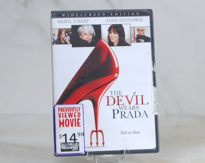 The Devil Wears Prada, DVD, 2006 comedy/drama movie starring Meryl Streep, Anne Hathaway, Emily Blunt, Stanley Tucci and Simon Baker