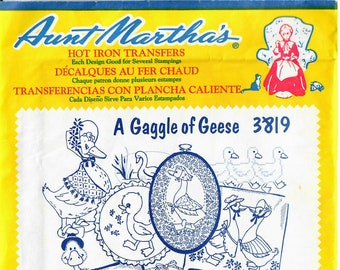 Aunt Martha's Hot Iron Transfers, A Gaggle of Geese #3819