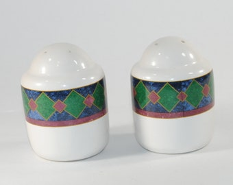 Vintage Pfaltzgraff Amalfi Classic Salt and Pepper Shakers, White Porcelain with a Green Blue & Red Argyle Design from the 1980s