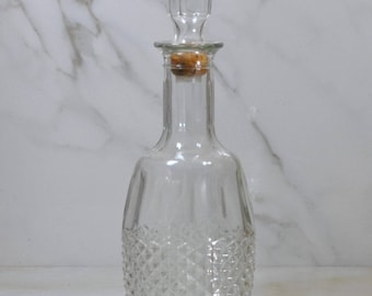 Vintage Mogen David, 1982, Wine Decanter, Pressed Glass, Diamond Point Cut, Wine, Liquor Bottle, Glass Decanter, Liquer Decanter, Bottle