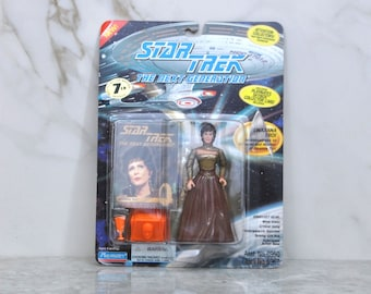 Vintage Star Trek The Next Generation Action Figure Playmates Lwaxana Troi Ambassadress to Betazed and Mother of Deanna Troi 6070 6019 1994