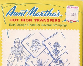 Vintage Aunt Martha's Hot Iron Vegetables for the Kitchen #9194