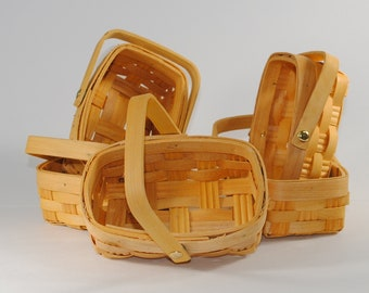 Small Wicker Baskets with handles, 5 Baskets