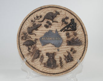 Vintage 3D Australia Carved Wood & Resin Collector Plate, 1980s
