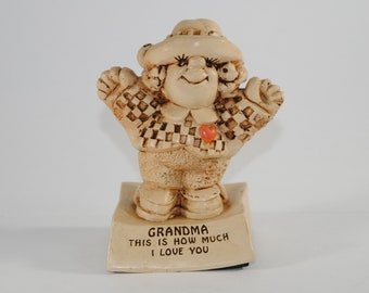 "Vintage Sillisculpt Statue by Paula 1970 #153 ""Grandma This is how much I love you"", Memories Figurine"