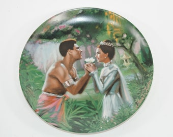 """Vintage Knowles """"We Kiss in a Shadow"""" Vintage Plate Limited Edition 1985"""