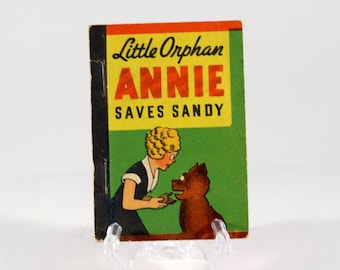 Vintage Whitman Mini Book Little Orphan Annie Saves The Day 1938 Made in USA
