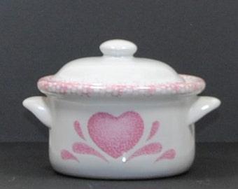 Vintage French Onion Soup Dish With Lid, White w/ Pink Heart