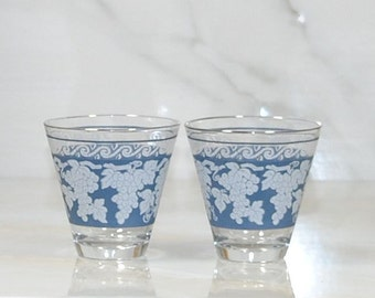 Vintage White Grapevine Shot Glasses or Whiskey Glasses by Hazel Atlas, Blue and White, Set of 2, Cordial Glasses,1960s, Barware, Glass