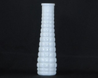 Vintage White Milk Glass Vase, Bud Vase EO Brody Milk Glass Quilted Vase,1960s, White Vase, Flower Vase, Vintage Milk Glass, Milk Glass Vase