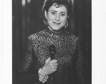Vintage Photograph, Julie Kavner in This Is My Life, 1993 8x10 Black & White, Promotional Photo