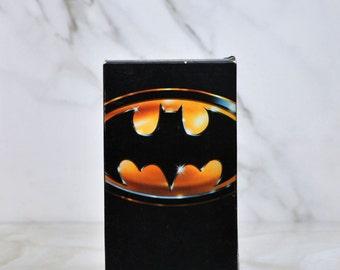 Batman VHS Tape 1989 - Action - Adventure - Super Hero - DC Comics - Robin - Gotham City - Jim Gordon - Dark Knight - Joker - Bat