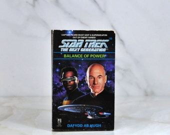 Vintage Star Trek The Next Generation Balance Of Power #33 1995 -  Paperback - Captain Picard - Geordi LaForge - USS Enterprise - Data