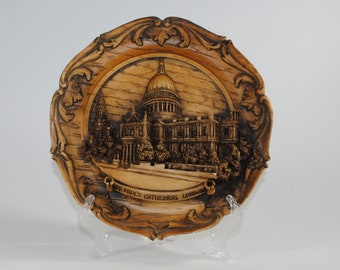 Vintage 3D Carved Wood & Resin Collector Plate, Wall Hanging of St. Paul's Cathedral in London England, 1980s