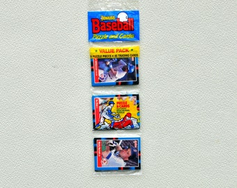 Vintage Baseball Cards Donruss 1988 Puzzle And Card Pack Original Factory Sealed 9 Puzzle Pieces 45 cards, Trading Cards, Sports Cards