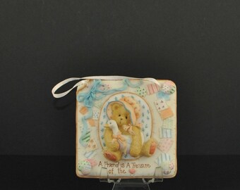"Vintage Cherished Teddies ""A Friend is A Treasure Of The Heart"" Plaque, 1993, Priscilla Hillman, Enesco"