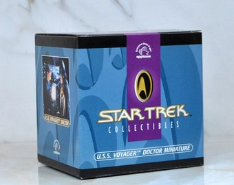 Vintage Star Trek Voyager Doctor Miniature Collectible Diorama, Doctor Zimmerman, Norse Warrior, Grendel, Heroes, Demons, Freya, Starship