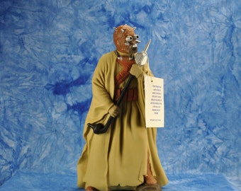 "Vintage Star Wars Action Figure 10"" Tusken Raider Vinyl Doll, 1990s, Shadow Of The Empire, Applause Figure"