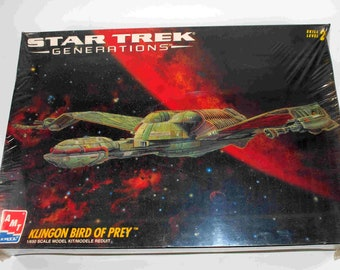 Vintage AMT Star Trek Generations Klingon Bird Of Prey Model Kit
