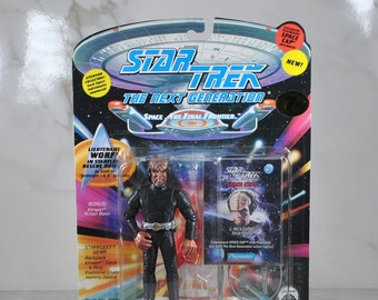 Vintage Star Trek Action Figure Lieutenant Worf In Rescue Outfit 6070 6036 1994 Next Generation, Playmates Figure
