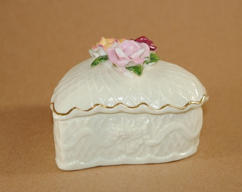 Vintage Bisque Porcelain Heart Shaped Lidded Trinket Box with Roses on Top, Cream Color