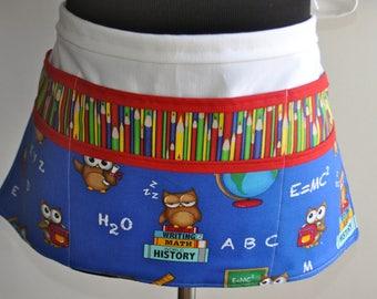 Teacher apron, Preschool Teacher apron, Classroom utility apron, Owl Teacher apron, Kindergarten teacher apron, Pocket apron for teachers