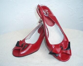 """Vintage Inspired Red/Black 3"""" Heels"""