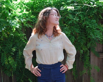 1970s Cotton Peasant Blouse Pale Yellow Hippie Boho Relaxed Linen Semi Sheer // Small to Medium