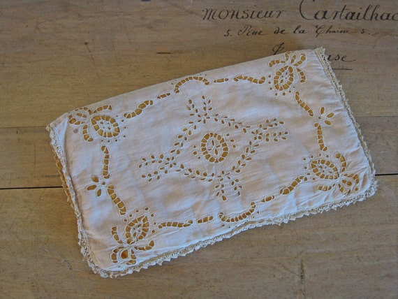 NEVER USED ANTIQUE CUTWORK EMBROIDERED ANTIMACASSAR SET OLD STORE STOCK LINEN
