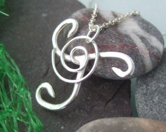 Celtic design pendant