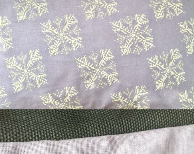 "11""x7"" Balsam fir pillow ""SNOWFLAKE"" / Coussin aromatique au sapin baumier ""FLOCON"""