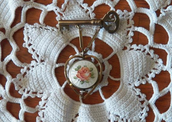 Gorgeous Dorson's Guilloche 12k Lapel Watch Pin