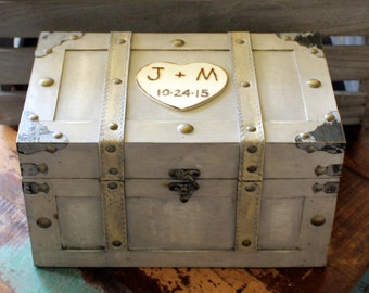 Personalized Keepsake Box - Rustic Memory Box - Time Capsule Chest Trunk MEDIUM