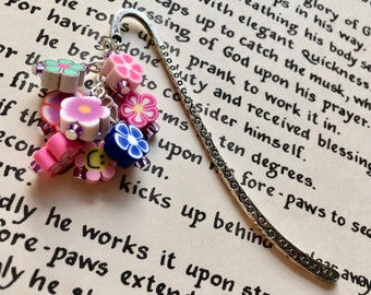 Polymer Clay Flower Bookmark, Floral Bookmark, 16th Birthday Gift for Teenage Girl, FIMO Bookmark, Polymer Clay Bookmark, Unique Bookmark