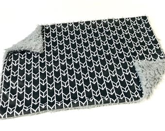 Charcoal Grey and White Arrows Baby Blanket Lovey, Baby Boy Minky Lovey Blanket, Grey Woodland Gender Neutral Blanket, Ready to Ship