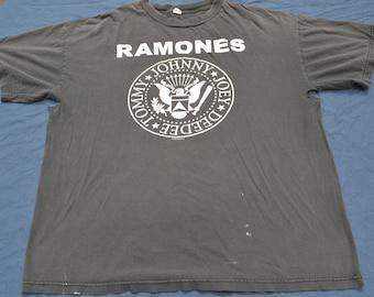 0aee32a1 Thrashed 90's Ramones