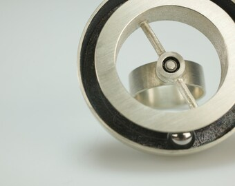 Sterling Silver Steel Ball Kinetic Statment Ring