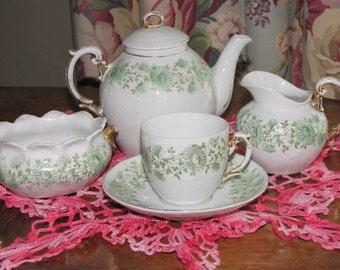 Childs Tea Set