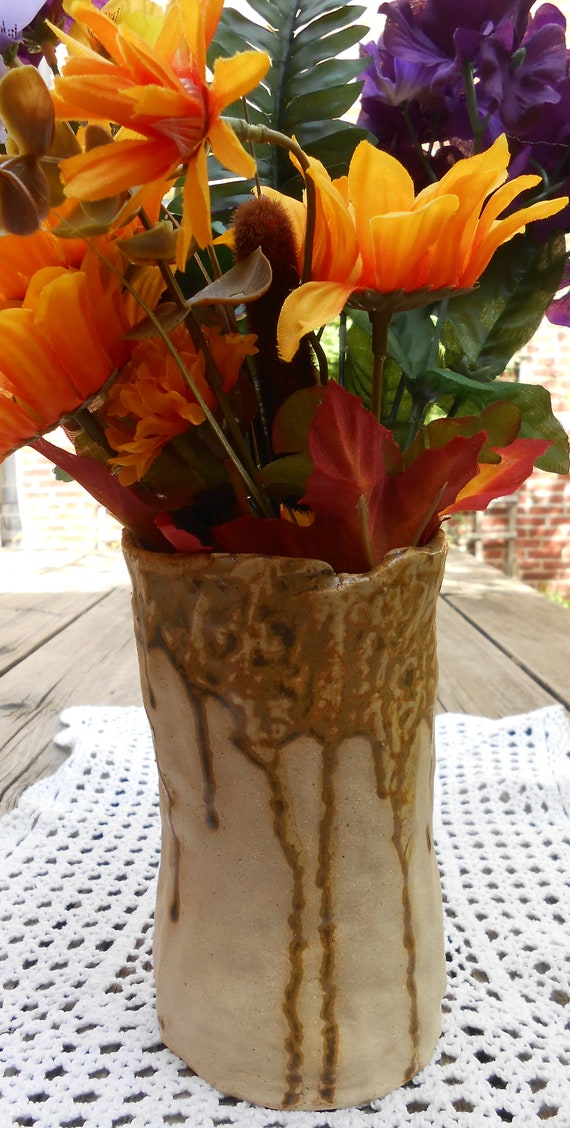 Sand Dune Clay Flower Vase