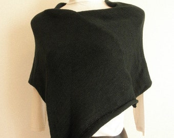 Forest green poncho,super soft blend wool.hand knit,accessory ,for woman