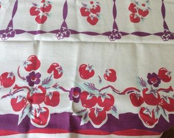 1940s Unique Vibrant Tablecloth