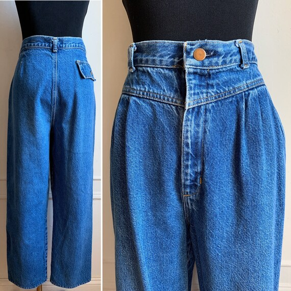Vintage Blue Denim Cropped and Pleated Jeans